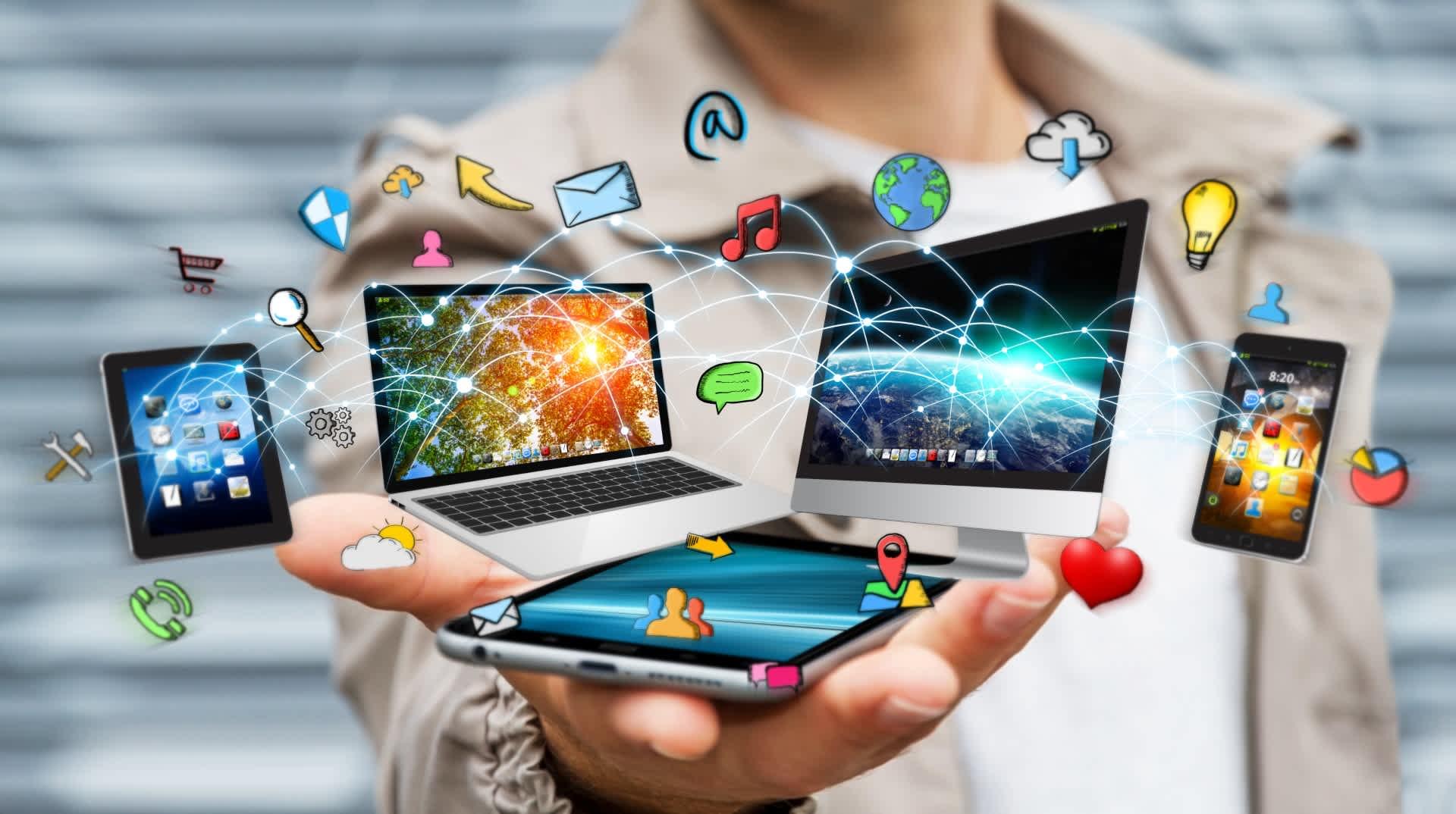 """Social media and networking strategies """"Redes sociales y Estrategias de Networking"""""""